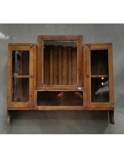 Authentiek kastje met spiegel en lade